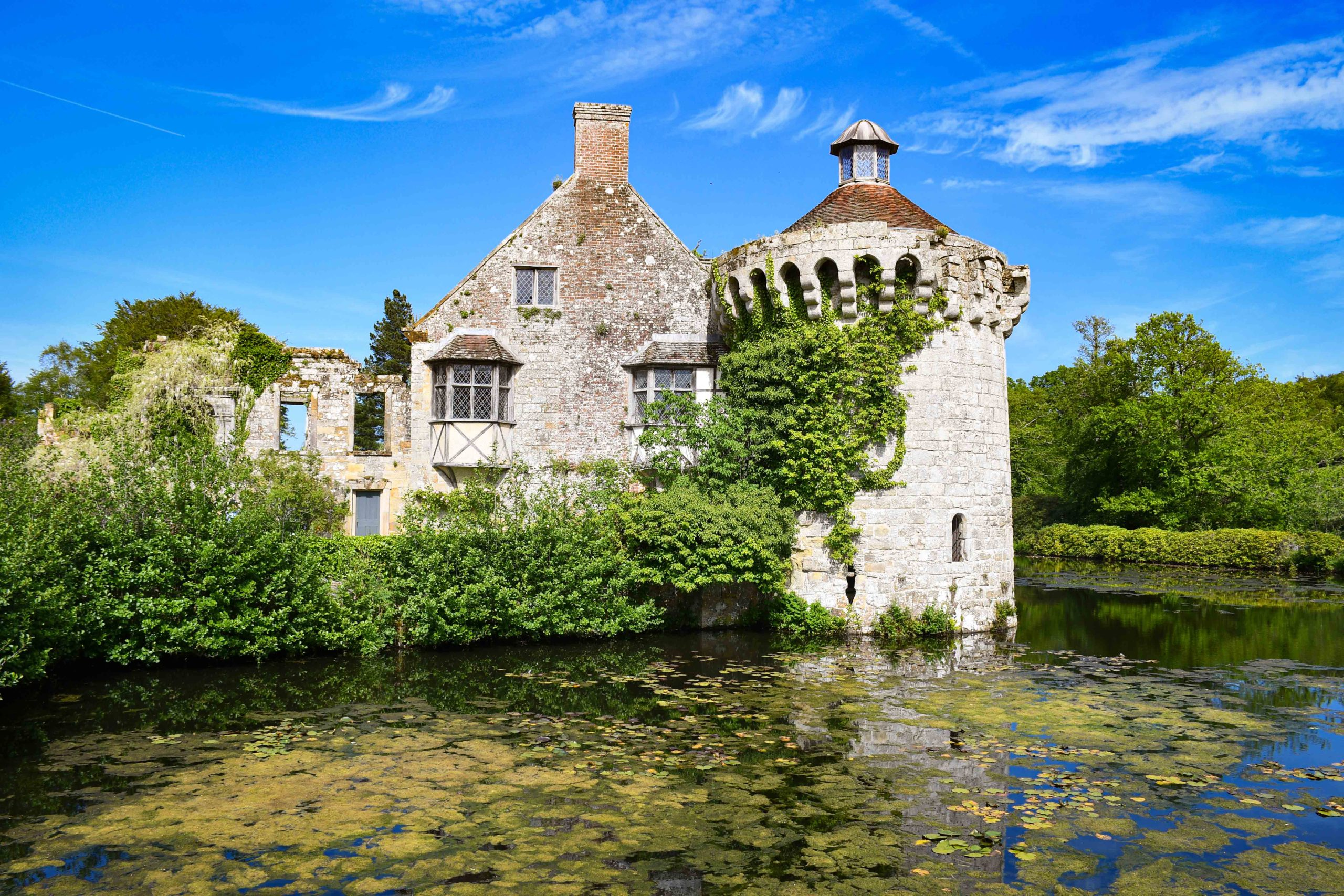 Chateau de Scotney © French Moments