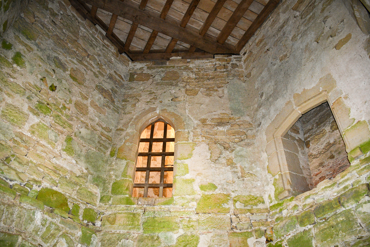 La tour du nord-ouest du château © French Moments