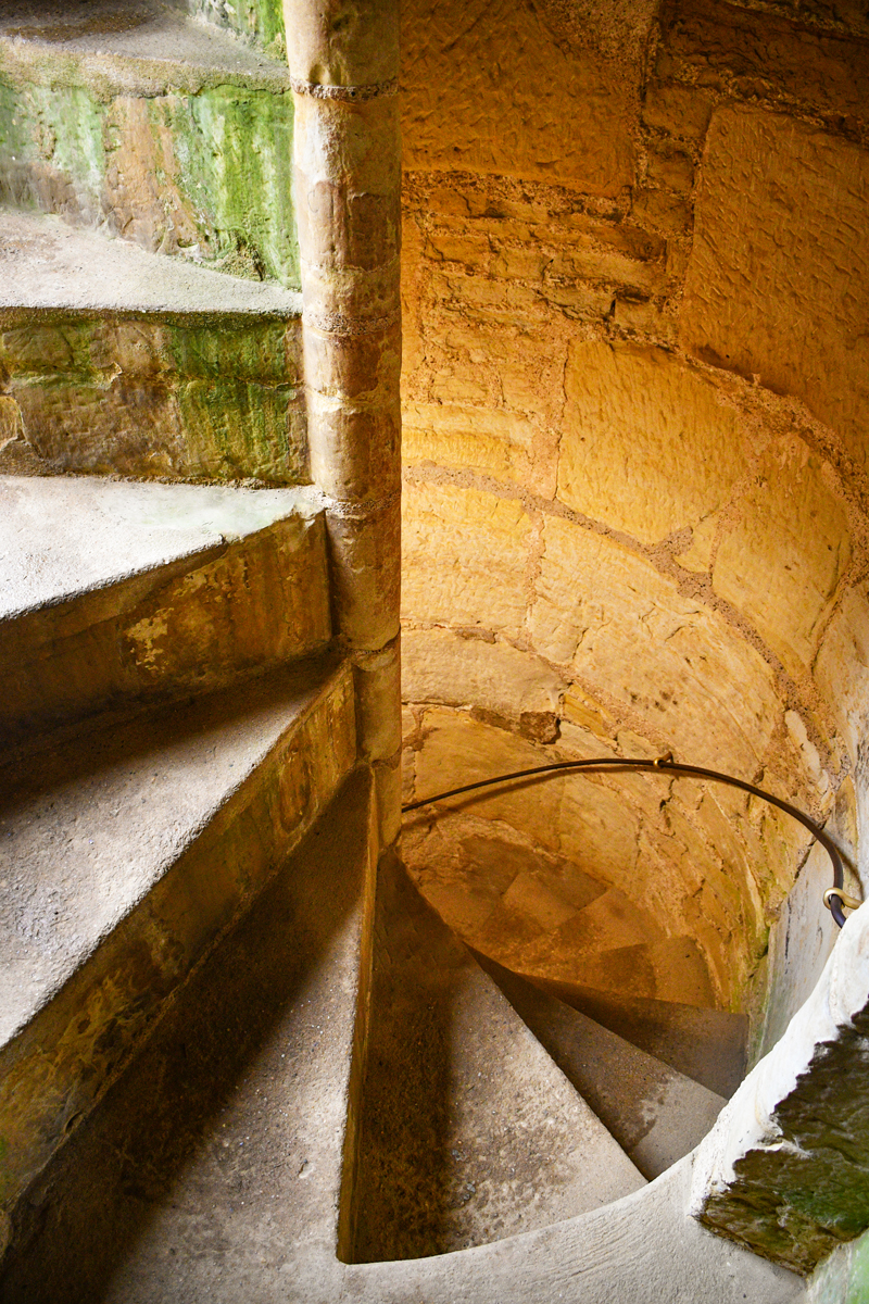 L'escalier de la tour nord-ouest © French Moments